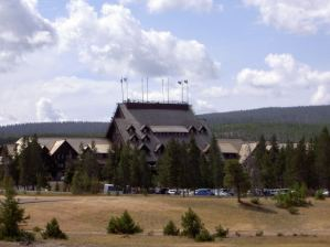 Yellowstone Old Faithful Inn